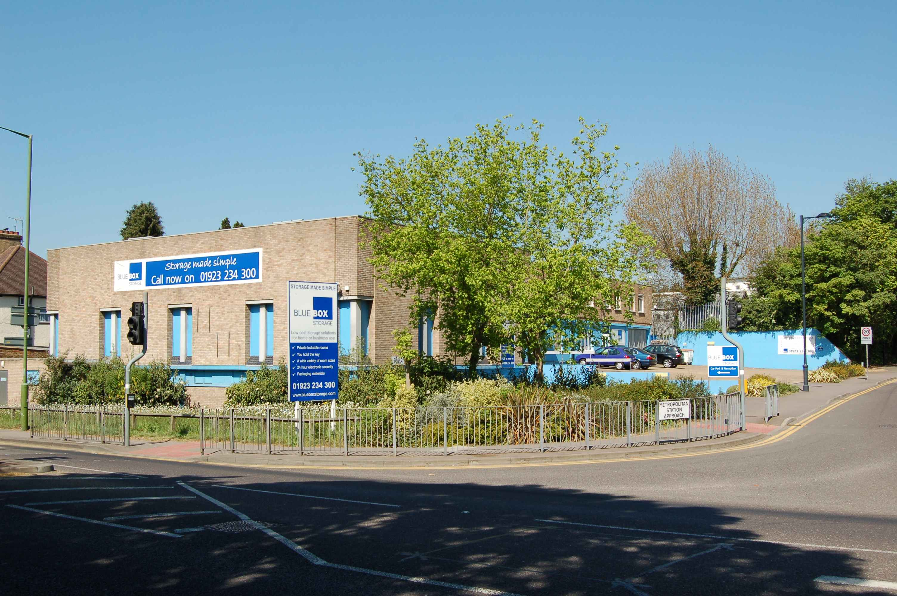 Find Blue Box Storage Ltd in Watford, WD Get contact details, videos, photos, opening times and map directions. Search for local Storage Units near you on Yell.